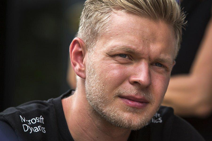 Магнуссен: непонимаю, почему «Рено» тянет срешением осоставе пилотов